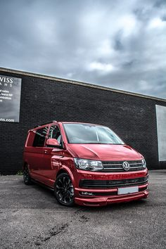 ‪Volkswagen Kombi with Swiss Vans WASP 204 (Wheel And Styling Package), by James Darlington‬ Vw Transporter Conversions, Vw Transporter Camper, Vw Camper Conversions, T5 Camper, Campers, Volkswagen Amarok, Vw Amarok, Volkswagen Group, Vw Transporter Sportline
