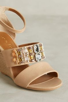 Lien.Do Mariposa Wedges - #anthrofave