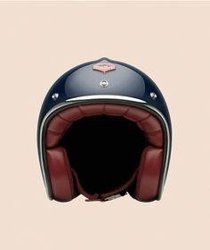 The Francs Bourgeois Pavillon by Ruby  is about my favorite helmet and it has nothing to do with France. It all comes down simplicity and color of the Ruby line. This is clearly not the first time we have discussed Ruby helmets, so it should come as no surprise that we hyper-focus on one of …
