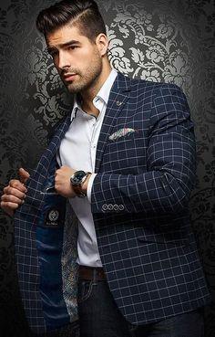 Men formal wear on a business Blazer Fashion, Mens Fashion Suits, Mens Suits, Mens Custom Suits, Fashion Menswear, Male Fashion, Sharp Dressed Man, Well Dressed Men, Stylish Men