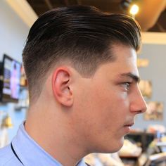 Haircuts for men; look super cute with these hottest haircuts for men which will grab every person's attention. Haircuts for men which look spectacular on every man Side Cut Hairstyles, Mens Hairstyles Pompadour, Smart Hairstyles, Popular Mens Hairstyles, Cool Haircuts, Haircuts For Men, Men's Hairstyles, Hairstyle Men, Rockabilly Hairstyle