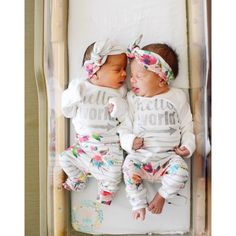 Excellent baby arrival info are offered on our site. look at this and you wont be sorry you did. Twin Girls Outfits, Twin Baby Girls, Twin Babies, Baby On The Way, Baby Kind, Baby Love, Baby Baby, Cute Twins, Cute Babies