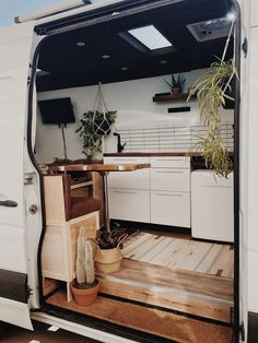 Feels like a fine desert oasis in this Sprinter that was just built by ? Show off your Sprinter Van! Camping Car Sprinter, Motorhome Sprinter, Kombi Motorhome, Sprinter Bus, Hymer Motorhome, Sprinter Van Conversion, Van Conversion Interior, Camper Van Conversion Diy, Van Conversion On A Budget