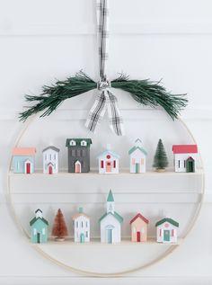 DIY Christmas Hoop Wreath - My Sister