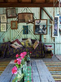 an eclectic mix of fabrics and frames. Could be awesome in back shed/art studio someday.