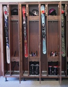 custom locker room by Ski Chalet, Plan Chalet, Ski Lodge Decor, Drying Room, Ski Rack, Cabin Interiors, Cabins In The Woods, Lockers, Locker Storage