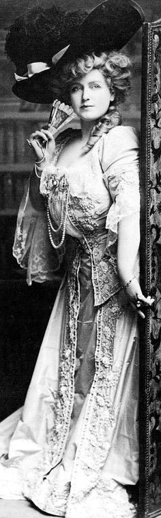 Lillian Russell, Rubenesque actress whose appetite matched that of Diamond Jim Brady.
