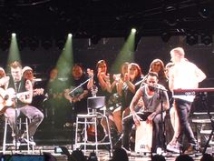 AJ McLean from the Backstreet Boys playing a cajon!  (05/22/14) IAWLT Tour - Seattle