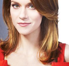 One Tree Hill Photo: Hilarie Burton Hillary Burton, One Tree Hill, Latest Hairstyles, Bad Timing, Celebs, Celebrities, Gorgeous Hair, Celebrity Pictures, Woman Face