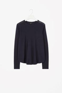 ella / pleated back jumper