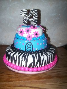 Teenage girl zebra cake By Ldtx on CakeCentral.com