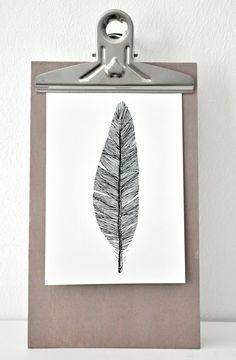 Feather postcard - black and white, bnw illustration / drawing /// FEDER Postkarte - Zeichnung schwarz weiß.
