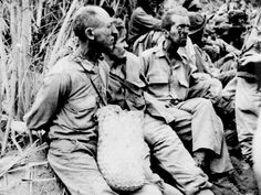 American prisoners of war during the Bataan Death March. A forcible transfer of POW's by the Japanese from Bataan to Cabanatuan, Luzon, Philippines, May/June Bataan Death March, Army History, World History, World War Ii, Nagasaki, Hiroshima, O Donnell, Palawan, Philippines