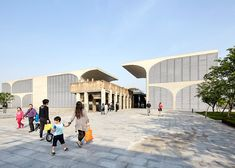 Museo Long del West Bund, Shanghai, China - Atelier Deshaus - foto: Hufton + Crow
