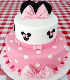 Dummy cake, two tier Minie Mouse cake polka dots and big pink bows made for my c. Dummy cake, two tier Minie Mouse cake polka dots and big pink bows made for my c. Torta Minnie Mouse, Mickey Mouse Cupcakes, Minnie Cake, Mickey Cakes, Pink Minnie, Cute Birthday Cakes, Minnie Birthday, 2nd Birthday, Dummy Cake