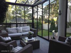 Myytävät asunnot, Laajasalonkaari 44 Laajasalo #terassi #oikotieasunnot Outdoor Furniture Sets, Outdoor Decor, Terrace Garden, Dream Rooms, Dream Garden, Outdoor Living, Porch, Architecture, Sunroom