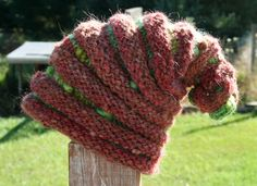 This was a super fun knit … Here's the pattern for it:  The Amazing Hat