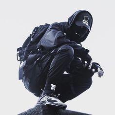 Rate this fit 1-10 🔥 tag a urban Ninja 🌑 . . 🌑by @subject__zer0 🌑follow @techwear.unite . . . #techwear #urbanninja #y3 #techwearfashion #futuristicfashion #drkshdw #acronym Cyberpunk Mode, Cyberpunk Clothes, Cyberpunk Fashion, Dark Fashion, Urban Fashion, Modern Assassin, Concept Clothing, Human Poses Reference, Cyberpunk Character