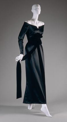 """Bar"" suit and jacket, spring/summer 1947 Christian Dior (French, 1905–1957); Christian Dior Haute Couture (French, founded 1947) Silk shantung Gift of Mrs. John Chambers Hughes, 1958 (…"