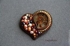 """Брошь """" Сердце """" - коричневый,брошь,вышитая брошь,украшение,подарок,аммонит"""