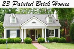 Painted Brick Houses with Siding Brick House Colors – Transform Your Boring Brick Into the Envy of the Neighborhood Painted Brick Houses with Siding. Choosing brick house colors is an importa… Exterior Paint Colors, Exterior Design, Exterior Homes, Exterior Shutters, Painted Brick Exteriors, Pintura Exterior, Brick Ranch, Home And Deco, House Painting