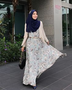 Wearing in Navy Blue by Morning Saturdayyy. Wearing in Navy Blue by Abaya Fashion, Muslim Fashion, Modest Fashion, Fashion Outfits, Royal Blue Bridesmaid Dresses, Prom Dresses Blue, Long Dresses, Turtleneck Wedding Dress, Steampunk Dress