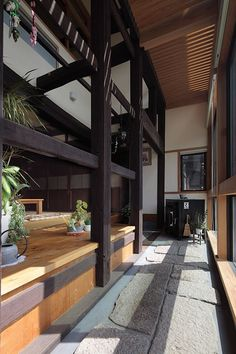 (Re)Built to Last | Nippon.com Japanese Style House, Japanese Modern, Japanese Interior, Japanese Architecture, Sustainable Architecture, Architecture Details, Pavilion Architecture, Residential Architecture, Contemporary Architecture
