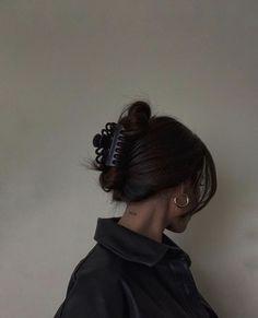 Hair Day, New Hair, Your Hair, Hair Streaks, Aesthetic Hair, Aesthetic Black, Aesthetic Vintage, Aesthetic Fashion, Grunge Hair