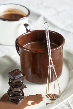 Hot chocolate with coffee - FitSweet Chocolate Fondue, Hot Chocolate, Beverages, Drinks, Coffee Recipes, Smoothie, Food Porn, Food And Drink, Sweets