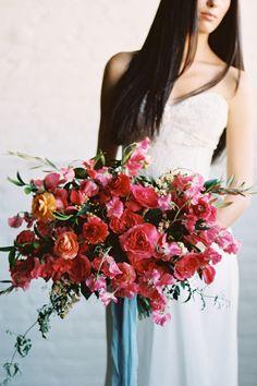 25 Bridal Bouquet Ideas for Fall  - HarpersBAZAAR.com