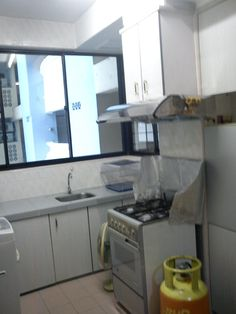 Bayu Tasik 1 Condo - Bandar Sri Permaisuri Bayu Tasik 1 Condominium For RENT !!! Rental Rm1300.00 Must Vew!!! Partially Furnished – Kept Well – 920 s/f – Tidy, Clean & Bright – 3 Room 2 Bathroom – 3 Air-Cond – New Washing Machine – New Fridge – 2 New Water Heater – 1 Parking – Newly Paint – Middle Floor – 24 Security & CCTV – Walking distance to LRT Salak Selatan Station – Easy Access