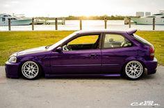 Civic EK.............Sickkkkkkkkk... If I ever get a hatch again, going this color fo sho!!!!!!