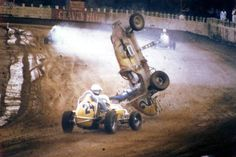 History... Amazing vintage crash photos - Auto Racing Memories | Vintage Race Cars
