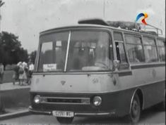 Busses, Cars And Motorcycles, Vintage Cars, Tours, Retro, Tv, Vehicles, Television Set, Car