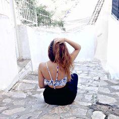 #fashion #style #outfit #summer #white #blue #greece #santorini #back #style #boho #hair
