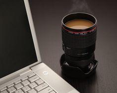 Este original contenedor para café: | 15 Regalos únicos que cualquier amante de la fotografía necesita en su vida
