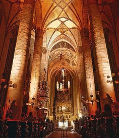 Interior of St.Bartolomeus cathedral in Plzeň / Pilsen, (West Bohemia), Czechia Prague, Sacred Architecture, Cathedral Church, Christian Church, Pilgrimage, Czech Republic, Looking Up, Barcelona Cathedral, European Countries