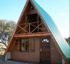 4 Small A-frame Houses Being Built: Construction (Video) - Tiny House Pins Tiny Cabins, Tiny House Cabin, Cabin Homes, A Frame Cabin, A Frame House, House In The Woods, Cabins In The Woods, Triangle House, Bamboo Architecture
