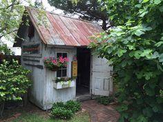 Was für ein Gefühl in einem mystischen Gartenhaus zu sein? Lernen Sie selbst. Lesen über die Gartenhäuser auf pineca.de/gartenhauser/