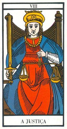 Carta Tarot para 26-11-2014  Hoje as energias são de equilíbrio e justiça. Seja uma pessoa justa com os outros e consigo mesma. O que adianta apregoar aos sete ventos que somos verticais, justos e tal, e à primeira razão julgamos os outros e os condenamos sem hipótese de defesa. Antes de apontar o dedo, antes de julgar analise os fatos, as pessoas e depois decida. Existem, porém, pessoas ...