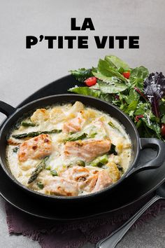 Salmon & Asparagus Gratin with Parmesan Sauce Make Alfredo Sauce, Confort Food, Salmon And Asparagus, Recipe Details, 30 Minute Meals, Fish And Seafood, Salmon Recipes, Easy Meals, Seafood Recipes