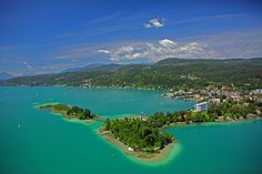 kind of nice location . Location Finder, Carinthia, Park Hotel, Amazing Pics, Best Hotels, The Good Place, Beautiful Places, World, Tips