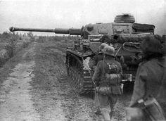 Panzerkampfwagen IV near Volchov, 1942