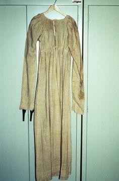 Dress | 1931.1908 -- Historic New England