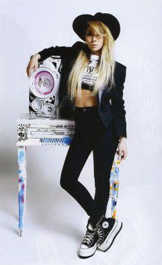 2NE1 - Nylon May 2014