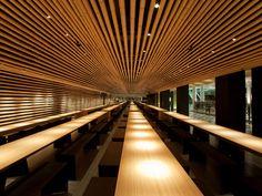 Cha cha moon by Kengo Kuma Japan Architecture, Wooden Architecture, Interior Architecture, Amazing Architecture, Corporate Interior Design, Corporate Interiors, Kengo Kuma, Japanese Design, Commercial Interiors