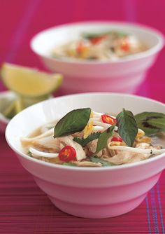 A quick version of the Vietnamese soup. Asian Cooking, Easy Cooking, Cooking Recipes, Asian Recipes, Healthy Recipes, Ethnic Recipes, Chicken Pho Soup, Pho Recipe, Food Articles