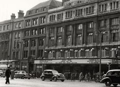 The Metropole cinema, Dublin - continuous performances with a double feature and cartoons - great value