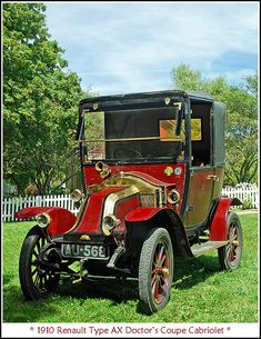 1910 Renault Doctor's Coupe Cabriolet hard to believe doctors actually made house calls!