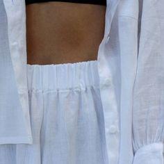 Fresh whites ☁  #comingsoon #akazi #creatingnaturaldesigns #linen #loungewear #ethicalfashion #mindfullymade #slowfashion